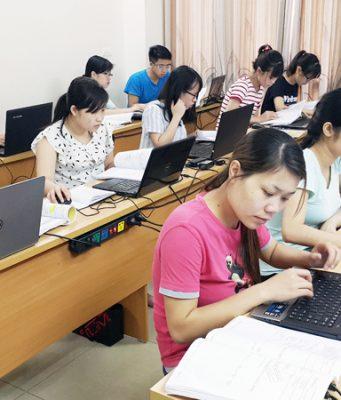 Đào tạo nghiệp vụ Kế toán Ngân hàng.