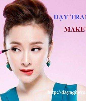 Dạy học trang điểm makeup chuyên nghiệp tại Hà Nội 01